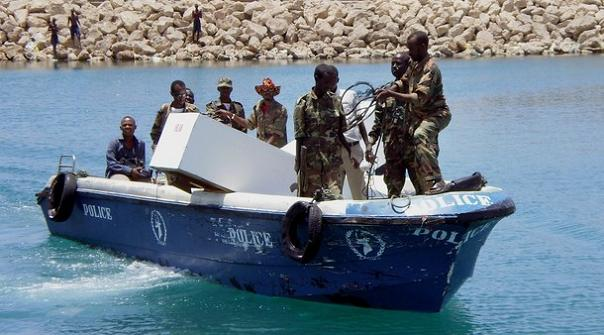 marine-forces-in-puntland-receive-two-coffins-containing-the-remains-of-slain-somali-pirates