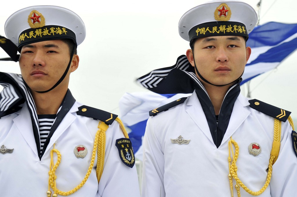 China_navy_sailors