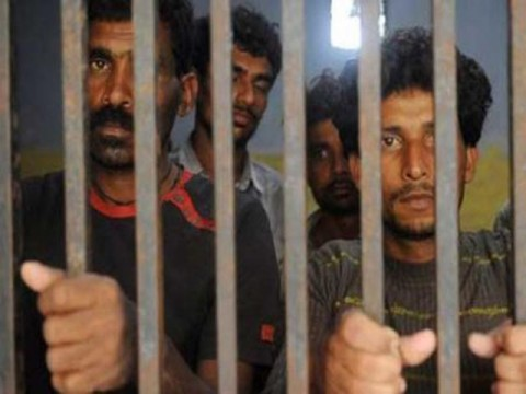 pakistani-maritime-arrests-23-indian-fishermen-1333446219-9660