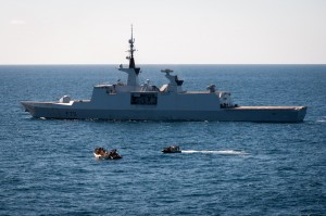 20130106_EU-Naval-Force-French-frigate-FS-Surcouf-disrupts-whaler-300x199