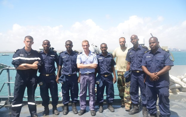 French-Navy-Personnel-from-FS-Nivose-with-members-of-Djiboutian-Coastguard-623x393